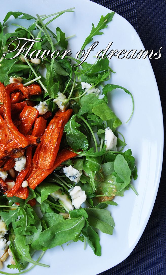 rosted carrot, rucola, blue cheese, pine nuts, mustard-honey sauce
