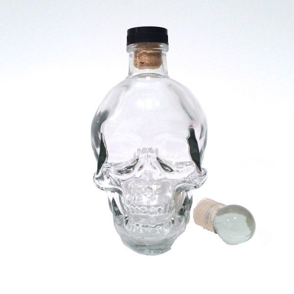 Your man love skulls? Cool gift idea