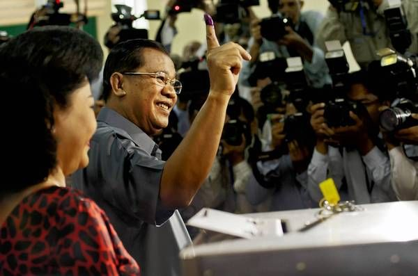 Cambodia vote keeps Hun Sen's party in power, early results show