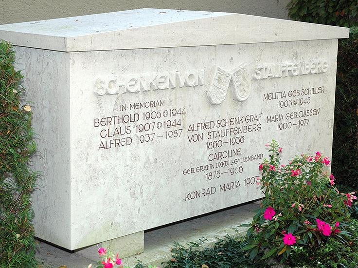 Stauffenberg-Grabstätte in Lautlingen