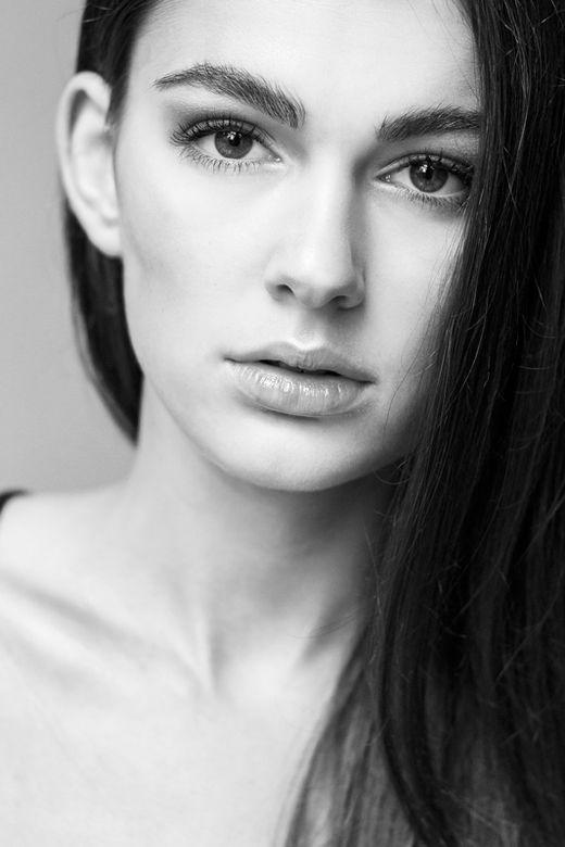 Testshoot Mara Polak  Innocence model agency Fotografie/visagie/styling: Stephanie Verhart