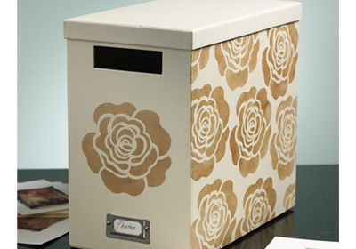 Rose Storage Box made with stencils from Plaid. #plaid crafts #crafts #folkart