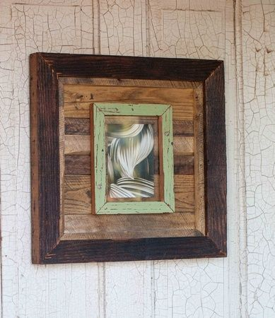 pallet picture frames | pallets made into a picture frame | DIYs