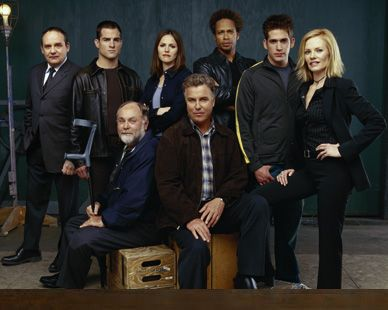 I just love this one. It's a pity that some main characters have left though. But as long as Greg Sanders (Eric Szmanda) stays, we'll be fine