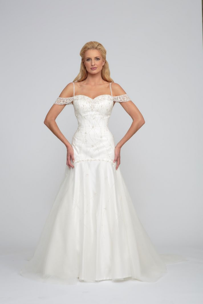 20 Heavenly Gowns from Angel Rivera | OneWed
