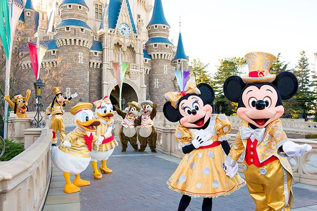30th happiness year* Mickey, Minnie & the gang