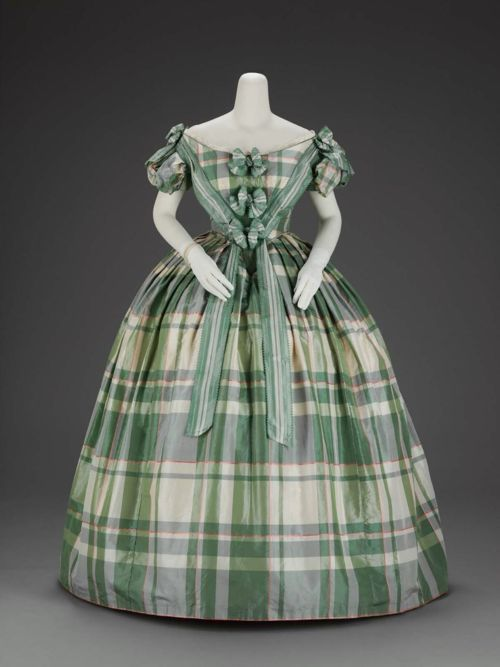 Plaid Satin Evening Dress, 1859-1860, The Museum of Fine Arts, Boston - @Erin McGuigan Toops this is for you :)