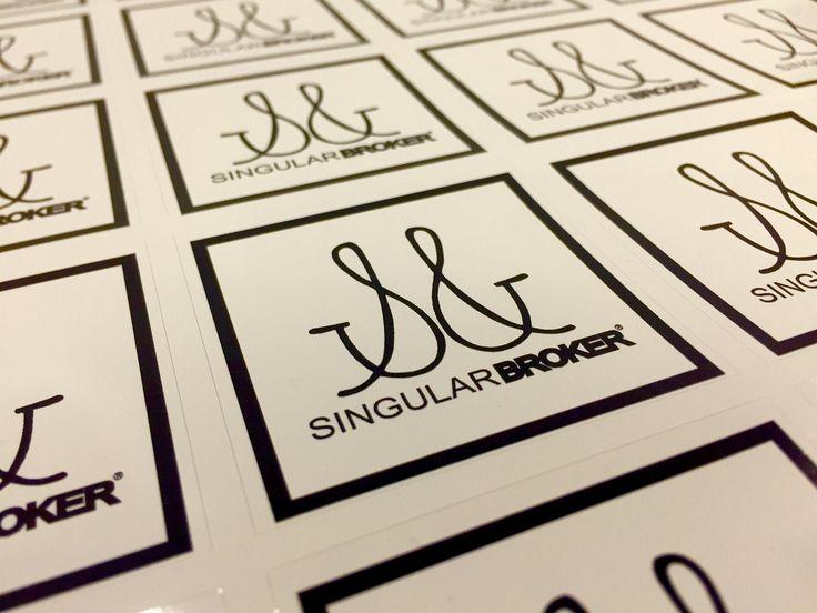 Marca creada para un grupo de distribución #singularbroker #diseñográfico #innovación #branding #identidadcorporativa #marcas