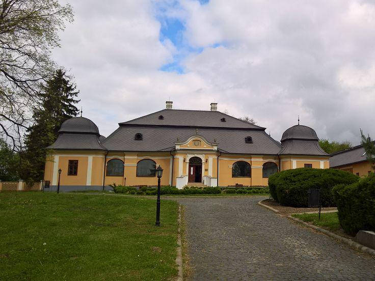 Lónyay-Vladár-Tomcsányi-kastély (Vásárosnamény) http://www.turabazis.hu/latnivalok_ismerteto_3760 #latnivalo #vasarosnameny #turabazis #hungary #magyarorszag #travel #tura #turista #kirandulas