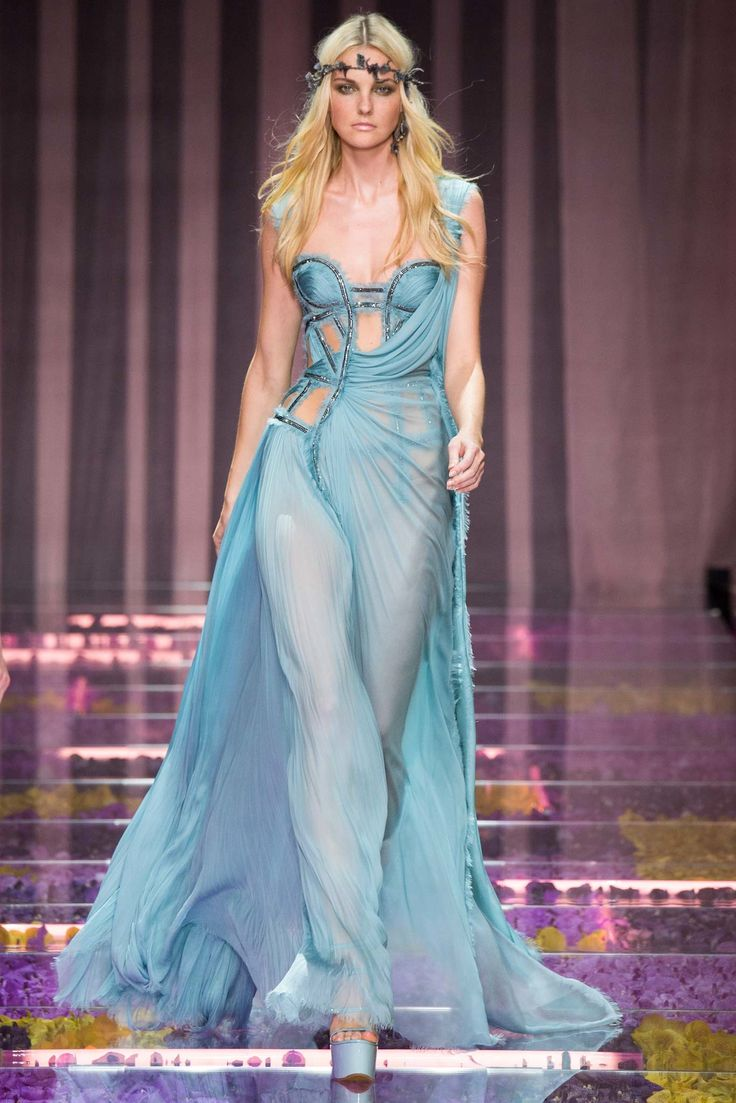 flip flops online for women Atelier Versace Fall 2015 Couture Collection Photos   Vogue