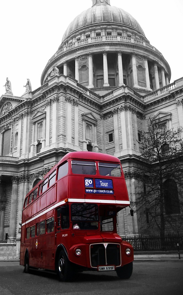 世界のかわいいバスまとめ ロンドンのダブルデッカーバス