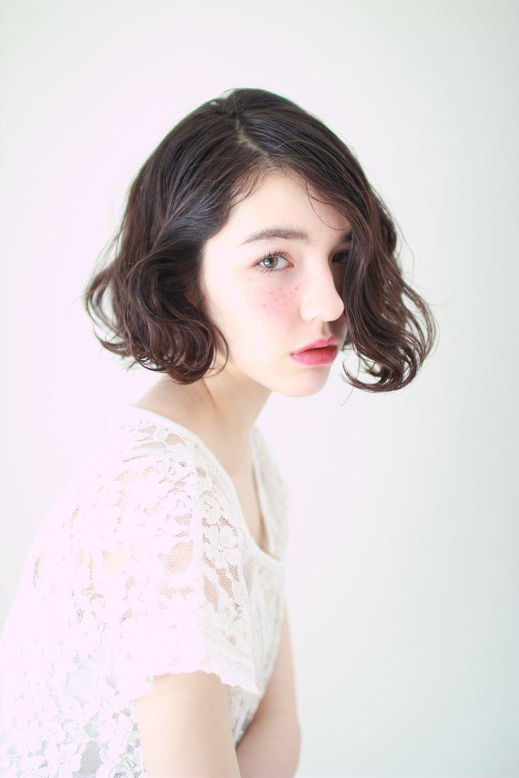肖像画の様な女性像  style  YUJI  photo  YUJI
