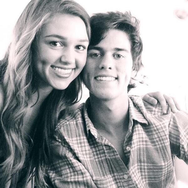 "Aha! Any one watch Duck Dynasty? If so, did you see the one where Sadie and John Luke got their teeth out? Omg John Luke cracked me up! ""Bumblebee tuna! Bumblebee tuna!""  ""You kids hungry?"" Mom asked. ""Hungry for Love..."" John Luke said. Oh my it was greaaat! :) funny ! :)"