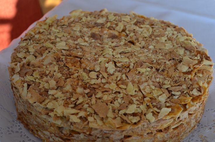 Exquisita Torta de milhojas con manjar y crema de moka elborada con los secretos pecadores de las abuelitas !