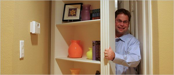 Hidden room - Bookshelf door!  Need this for my room to hide the mess