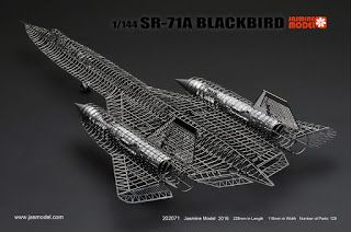1/144 SR-71A BLACKBIRD Full PE Model Jasmine Model (#202071)   If you have the patience of a Saint, and the skills of a brain surgeon...