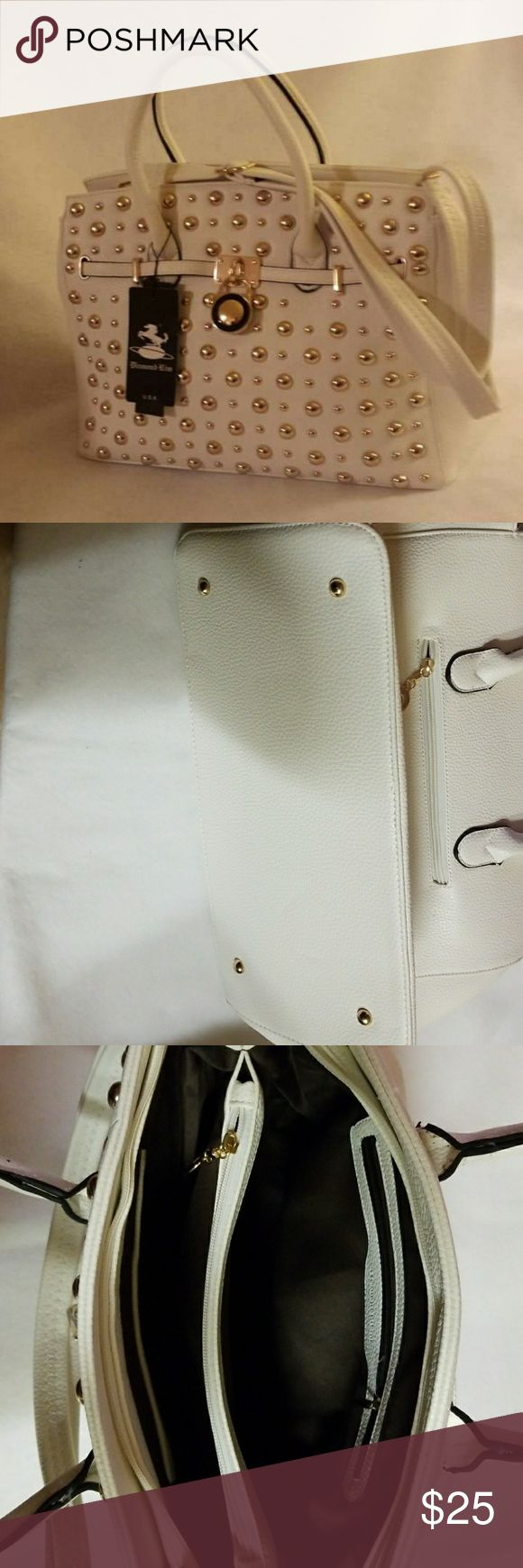 Beautiful Vegan lead-free Handbags Faux white leather, zip closure with gold tone hardware. Removable strap. Diamond Rim Bags Shoulder Bags