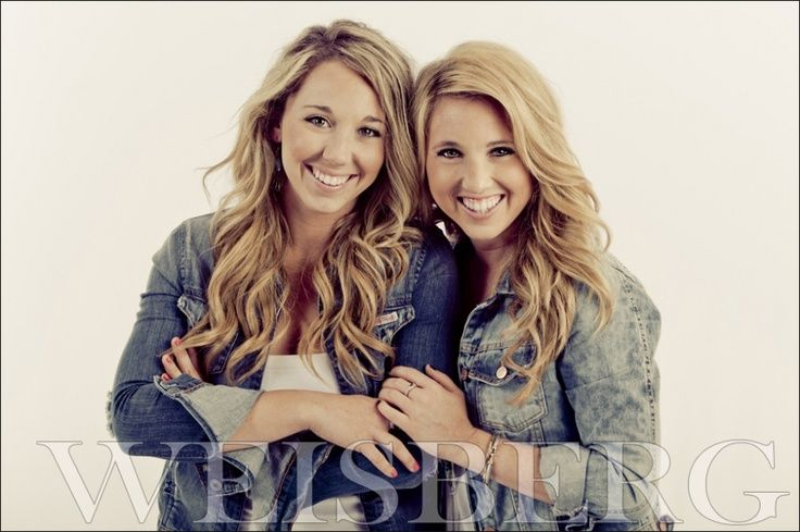 photography poses for sisters | Sister Photography Poses | Posts tagged: Portrait of ... | Photography