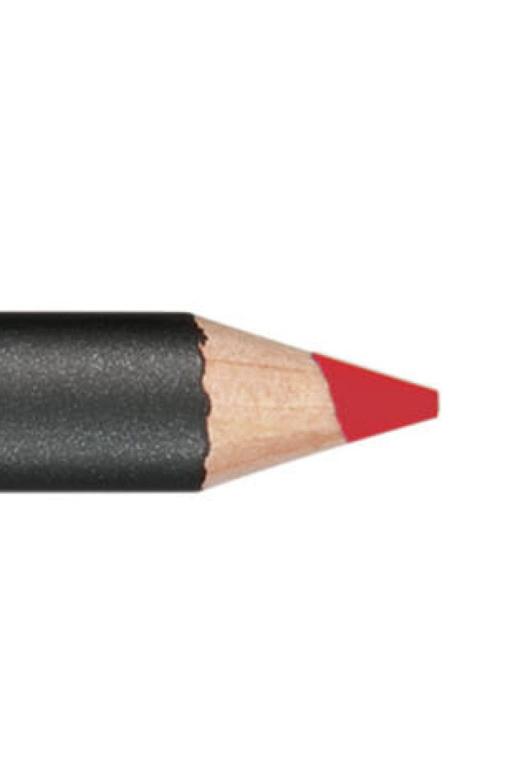 MAC Ruby Woo Lipstick Now Has A Matching Lip Liner