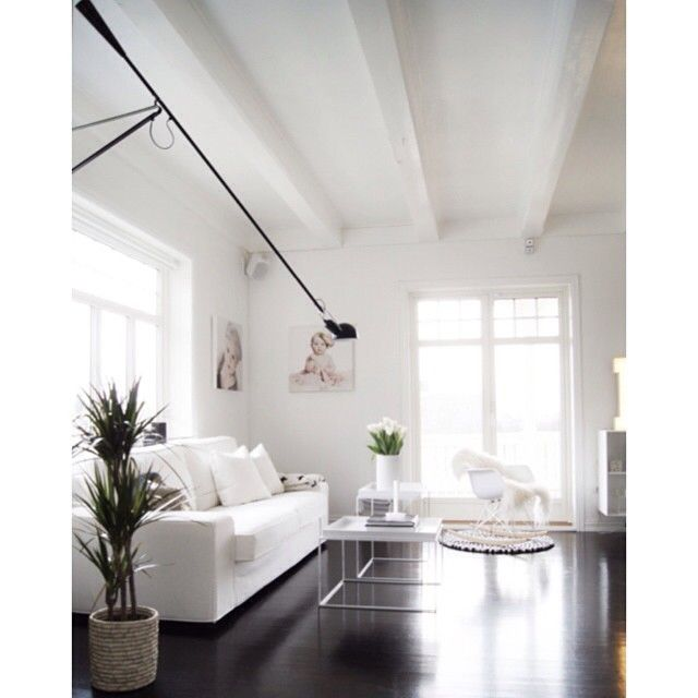 We are proud that molekule's black, grey and white carpet found its place in home of fantastic norwegian interior designer and blogger http://www.mittlillehjerte.com/