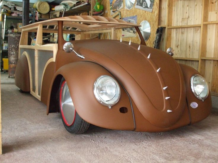 Der Deutchlander surfermobile. VW Rat Rod Woodie!