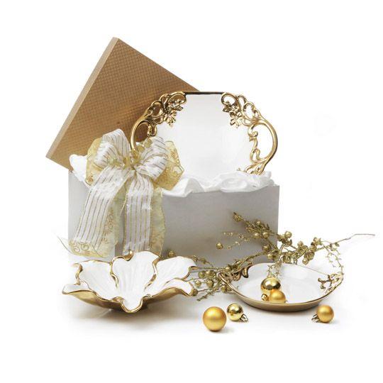 """The Pretty Platter  90 €  WHITE GOLD PLATE 12""""  1 pcs  WHITE GOLD MAGNOLIA BOWL 10.5""""  1 pcs  WHITE GOLD BOWL 8.75""""  1 pcs"""