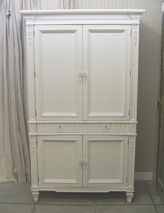 Shabby White Thomasville Wardrobe Armoire / Cabinet