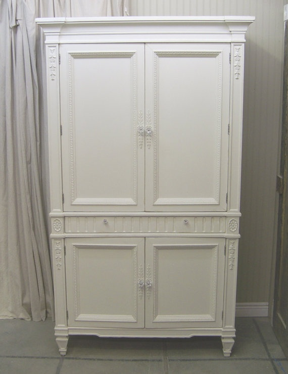 Shabby white thomasville wardrobe armoire cabinet master bedroom pinterest belt for Master bedroom set with armoire