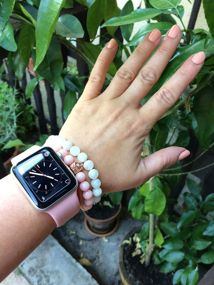 My jade ang moonstone bracelets with apple watch :)