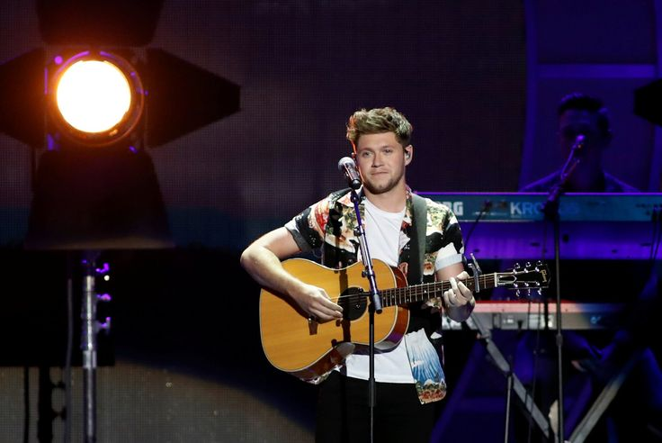 Apple Music's latest short stars Niall Horan from One Direction - http://www.sogotechnews.com/2017/10/10/apple-musics-latest-short-stars-niall-horan-from-one-direction/?utm_source=Pinterest&utm_medium=autoshare&utm_campaign=SOGO+Tech+News