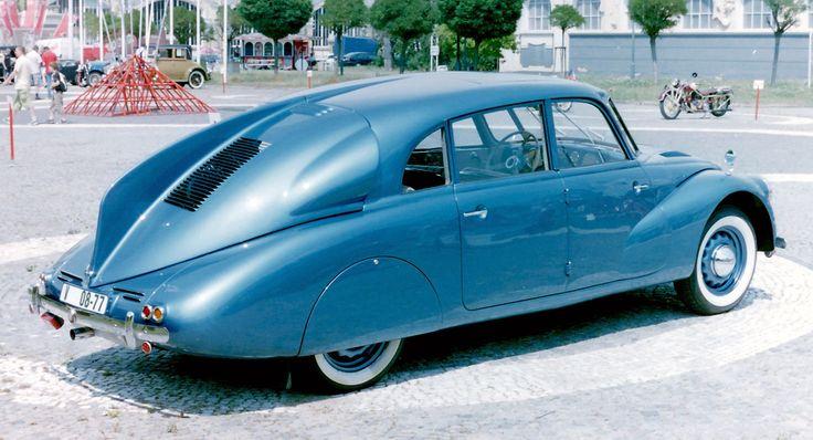 Tatra T87