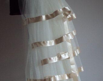 Burlesken treiben Riemen, die mit jeder Farbe getrimmt werden können Diese ideal für viele Gelegenheiten