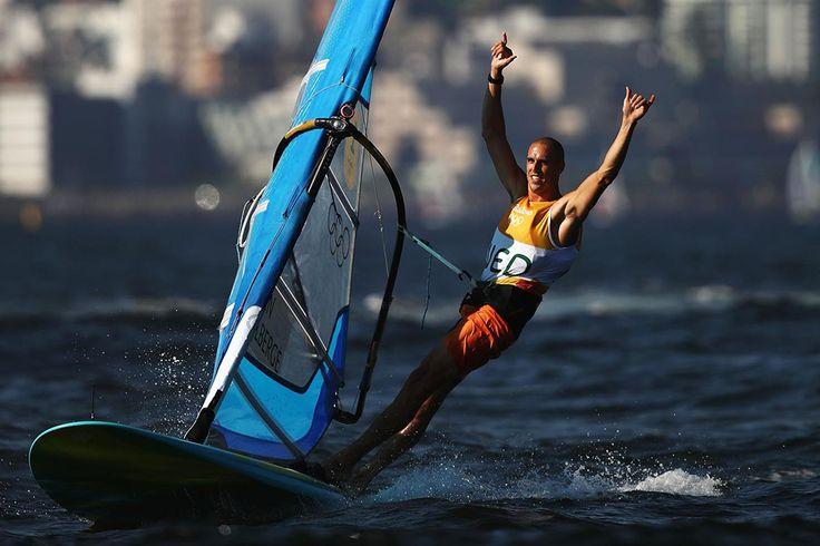 Dorian van Rijsselberghe die wederom voorgaand de finale van goud verzekerd was. | Rio 2016 © Mark Kolbe