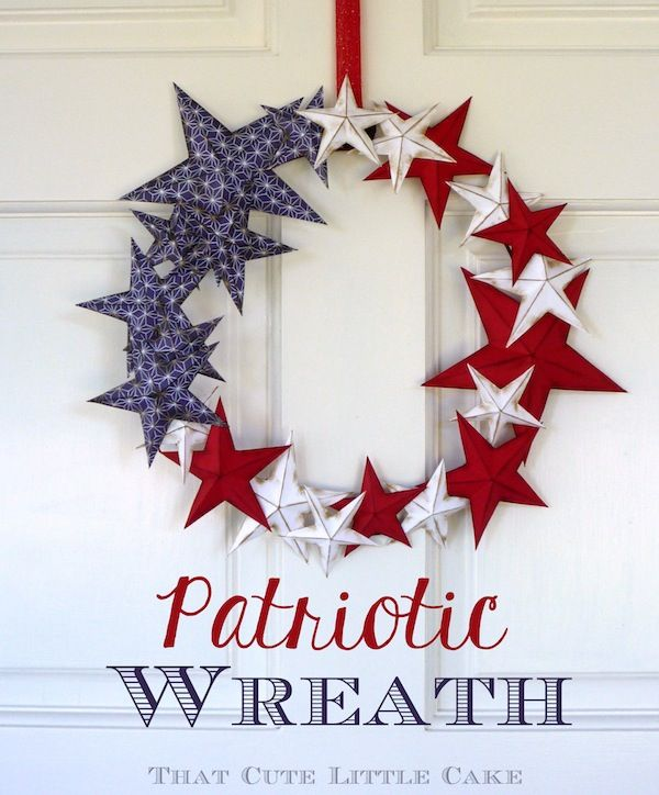That Cute Little Cake: {Craft} Patriotic Wreath - 4th July -- includes template and tutorial to make dimensional stars
