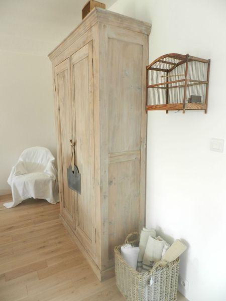 les 25 meilleures id es concernant relooking de l 39 armoire. Black Bedroom Furniture Sets. Home Design Ideas