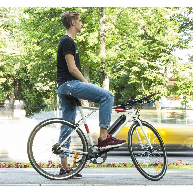 Bizze Single Speed (white) // Single Speed Electric Bike by BizzOnWheels