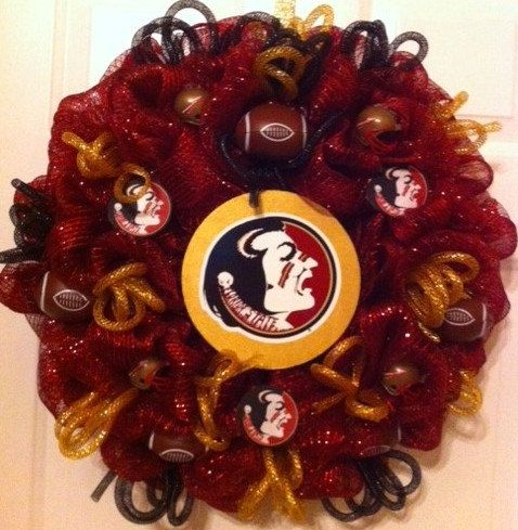 Florida State Seminoles Wreath! Go Seminoles! Show your team spirit this season! Order yours today! www.wreathsbylinda.etsy.com