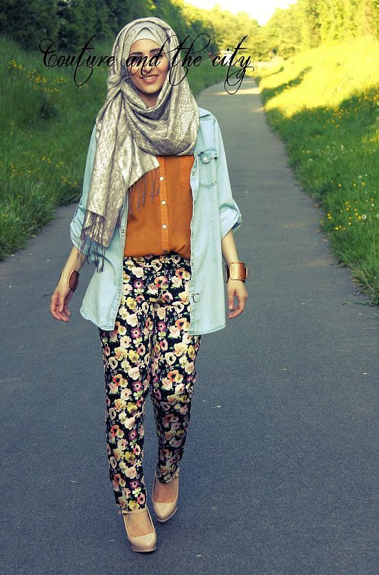 Fall Outfit  |  Experiment with denim shirts of various colours, not just blue and try to keep warm colours for the top. :) Gotta love the not-so-tight printed pants!  hijab, #hijab