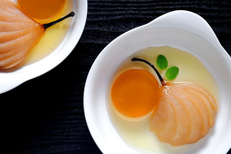 UNEXPECTED #Ginger #Tea #SousVide #Pears with #Spiced #Jelly + #fingerlime ?