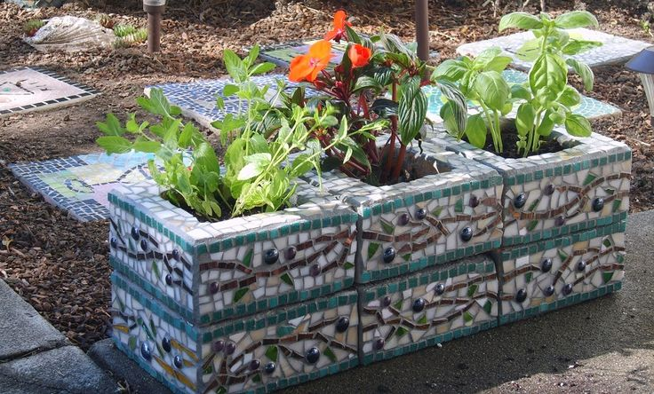 Las 25 mejores ideas sobre paredes de bloques de cemento for Escalera de bloque de jardin