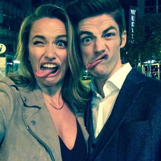 Grant Gustin & Shantel VanSanten - The Flash - Barry Allen & Patty Spivot - Episode 2x05