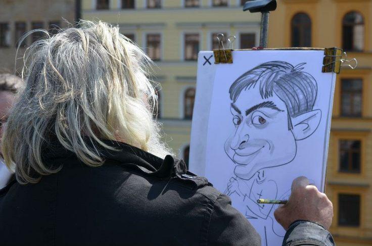 DDS Tiberiu Cazan, caricature made in Prague, Charles Bridge Prague, artist