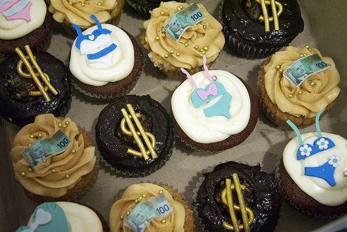 lingerie cupcakes