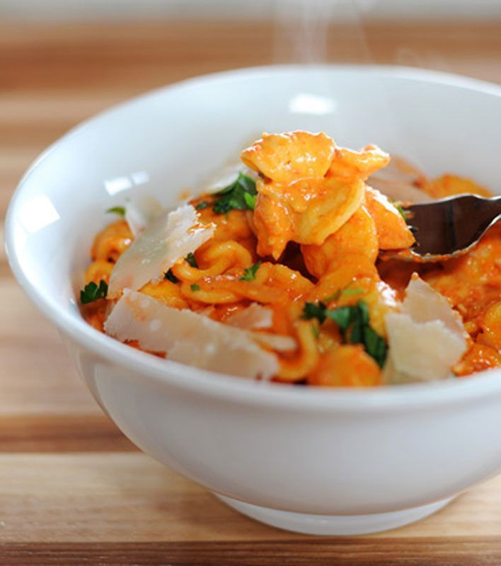 Pasta With Roasted Red Pepper Sauce Recipe — Dishmaps
