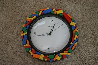 The Craftin' B: Lego Clock      I must make this for my boys... they would absolutely love it!