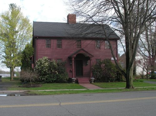 17 best images about red houses on pinterest early for Homes in colonial america