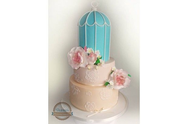 1000+ ideas about Fountain Wedding Cakes on Pinterest | Big Wedding Cakes, Wedding cakes and ...