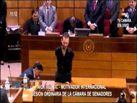 Senadores de Paraguay se arrodillan para orar y pedir perdón por su nación | Buenas Nuevas - Noticias Cristianas