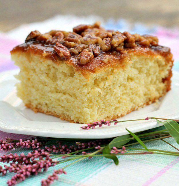 Apple Sour Cream Cake, Easy Pineapple Cake