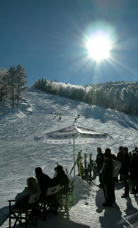 Ski Center.. Elatochori, Pieria, Greece✔zϮ
